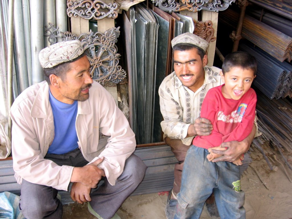 How and Why is China oppressing Muslims in Xinjiang? Uighurs History | Uighurs detention camps